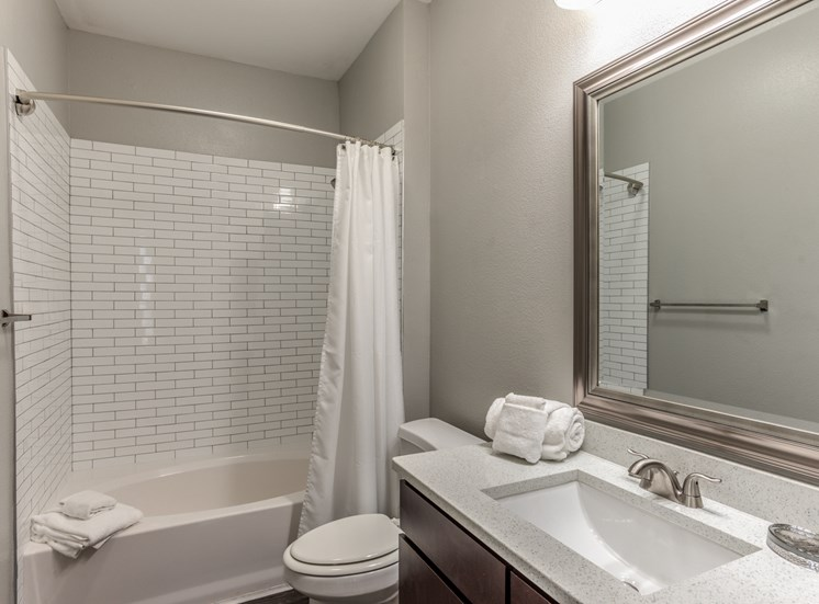 Spacious Bathrooms at Yorktown Crossing, Texas, 77084