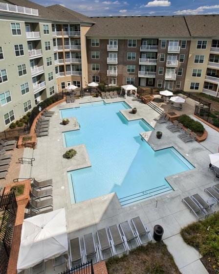 Pool Cabana & Outdoor Entertainment Bar