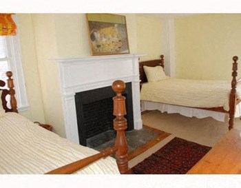 28 Planet Street 4 Beds Apartment for Rent Photo Gallery 1