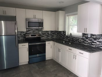 2700 Camp Creek Pkwy 1-3 Beds Apartment for Rent Photo Gallery 1