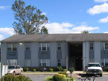 21390 Brittany Bay Dr. 1-3 Beds Apartment for Rent Photo Gallery 1