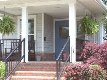 421 Hammond Street 1 Bed Apartment for Rent Photo Gallery 1