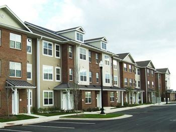 42597 Prescott Green Square 1-4 Beds Apartment for Rent Photo Gallery 1