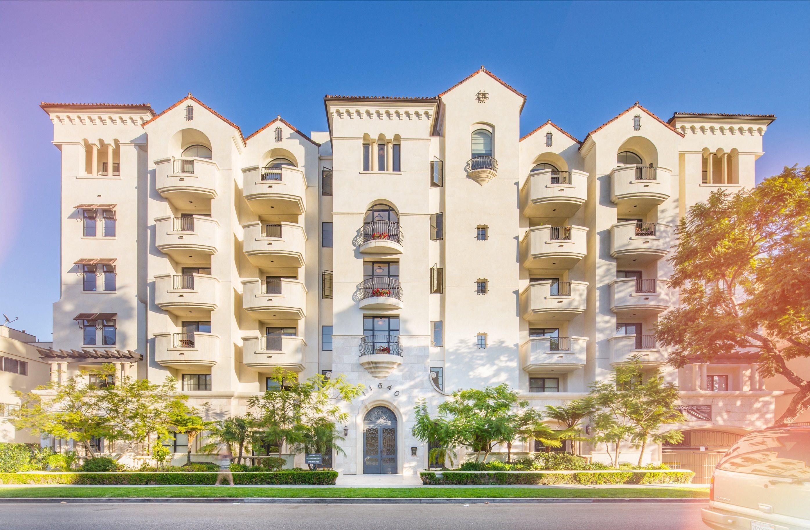 Brentwood-Los-Angeles-Apartments-Luxe-Villas-Exterior