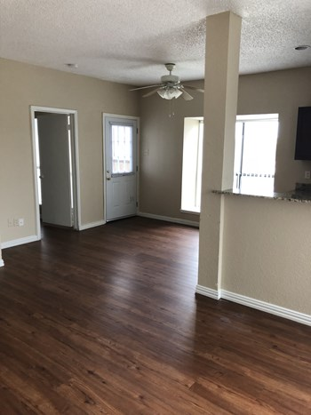 4288 Bass Pro Drive Studio-2 Beds Apartment for Rent Photo Gallery 1