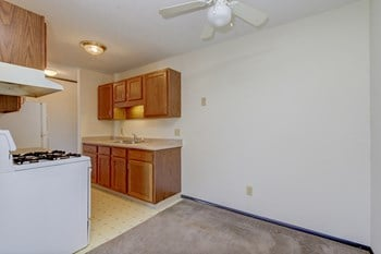 5809 County Road 101 1-3 Beds Apartment for Rent Photo Gallery 1