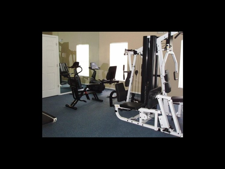 fitness center with exercise machines_The Crossings at Cape Coral Cape Coral, FL