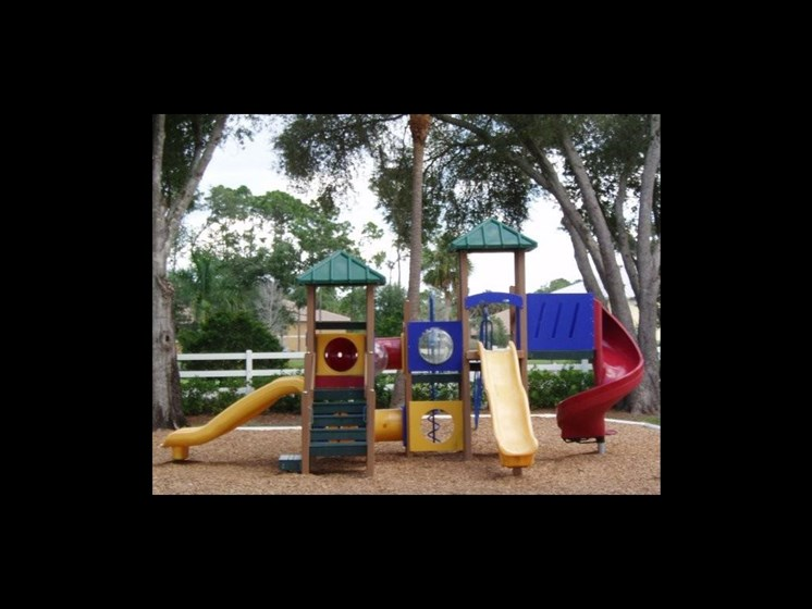 outdoor playground_The Crossings at Cape Coral Cape Coral, FL