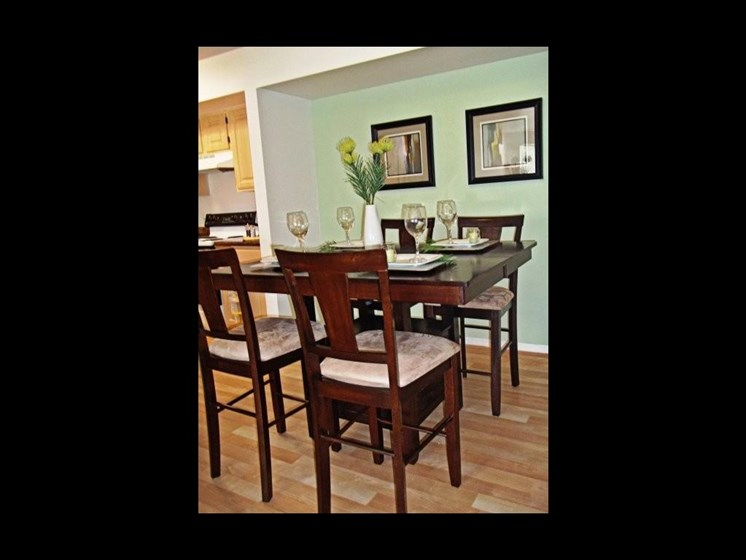 table and chairs in dining room _The Crossings at Cape Coral Cape Coral, FL