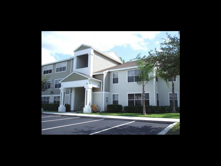 exterior of aparment building_The Crossings at Cape Coral Cape Coral, FL