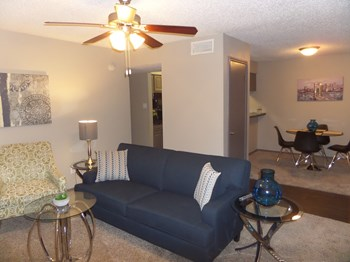 3325 Esters Blvd 2 Beds Apartment for Rent Photo Gallery 1