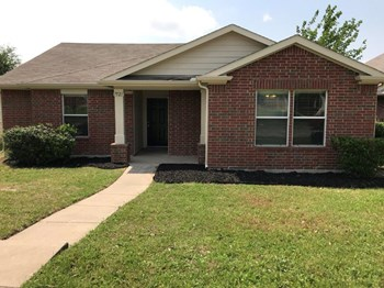 7521 Amber Dr 3 Beds House for Rent Photo Gallery 1