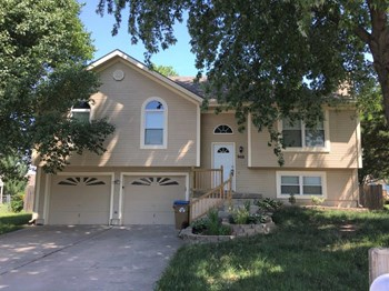 908 Winesap Ct 3 Beds House for Rent Photo Gallery 1