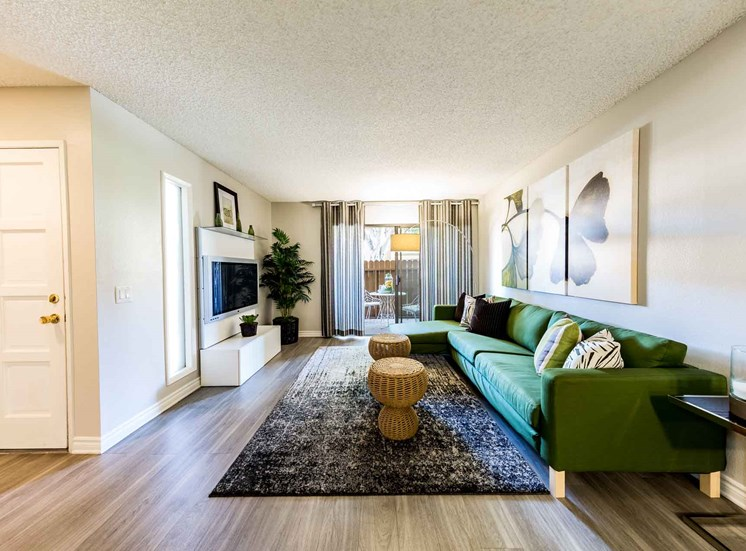 Living Room  | Casa Grande Apartment Homes in Cypress CA