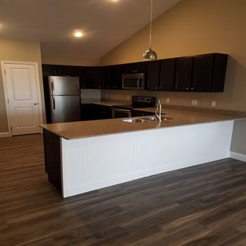 10 East Colony Drive 2 Beds Apartment for Rent Photo Gallery 1