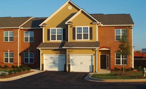 Garages at at Colton Creek Apartments in McDonough, GA