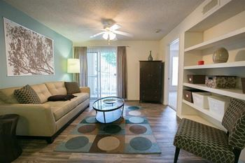 3861 Gable Ln Dr 1-3 Beds Apartment for Rent Photo Gallery 1