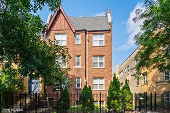 2128 N Sawyer Avenue 1-3 Beds Apartment for Rent Photo Gallery 1