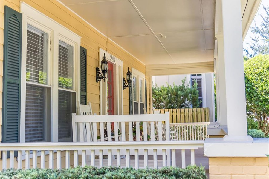 Southern Style Deck