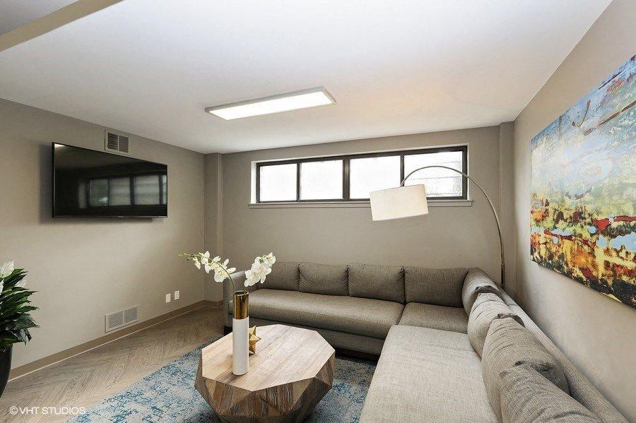 TV Lounge