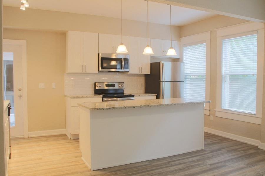 Open Kitchen Floorplan