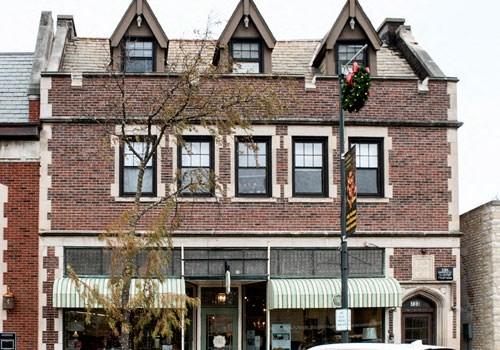 731-35 Elm Street Community Thumbnail 1
