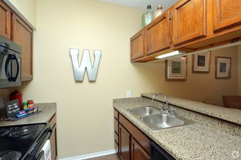 7142 South 92nd East Avenue 1-2 Beds Apartment for Rent Photo Gallery 1
