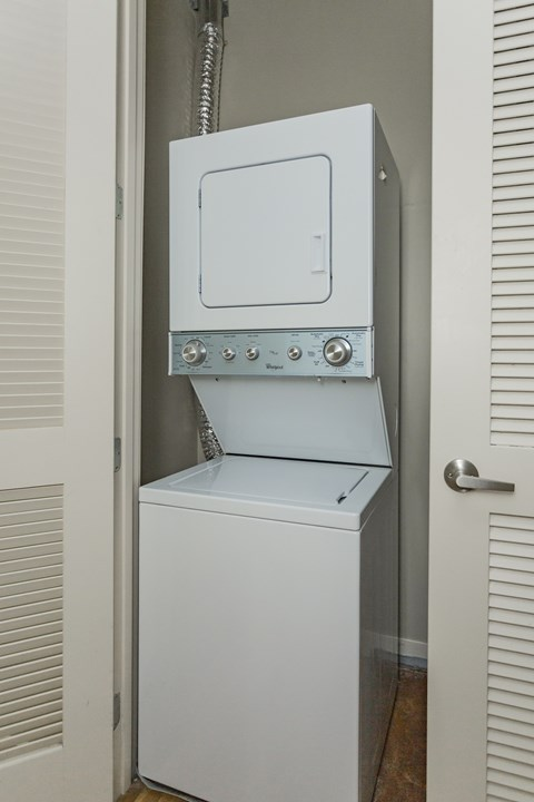 gale lofts washer and dryer