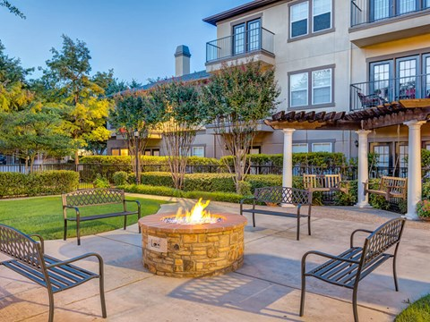 Outdoor Fire Pit with benches