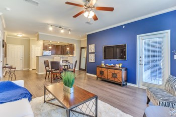 4700 S Ridge Road 1 Bed Apartment for Rent Photo Gallery 1
