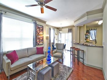 6202 Roxbury Drive 1-3 Beds Apartment for Rent Photo Gallery 1