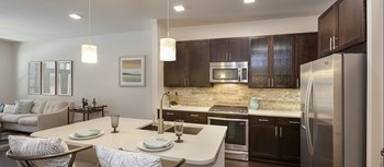 655 Yale Street Studio-2 Beds Apartment for Rent Photo Gallery 1
