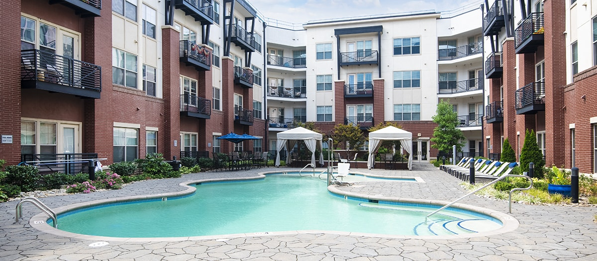colonial reserve at south end apartments 2720 south boulevard rh rentcafe com