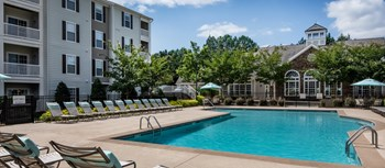 1000 Creekside Hills Drive 1-2 Beds Apartment for Rent Photo Gallery 1