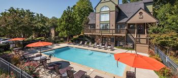 1421 Cloverdale Cir 1-2 Beds Apartment for Rent Photo Gallery 1