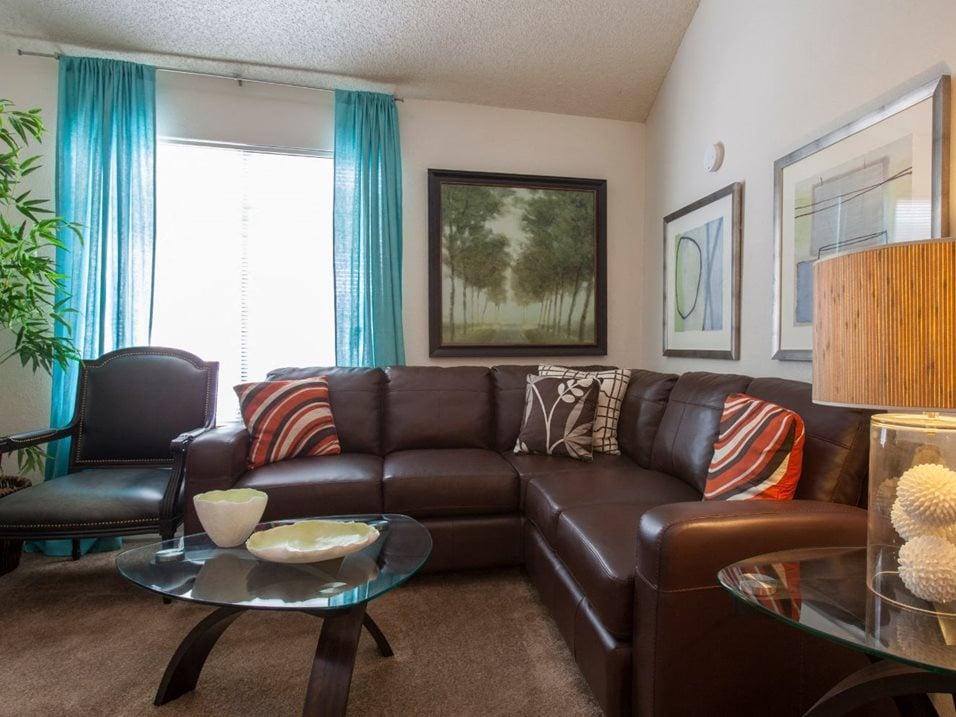 Photos & Tour | Cinnamon Tree Apartments | Albuquerque, MN