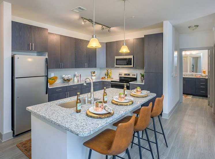 Fitted Kitchen With Island Dining at The Haven at Rivergate, Charlotte, 28273