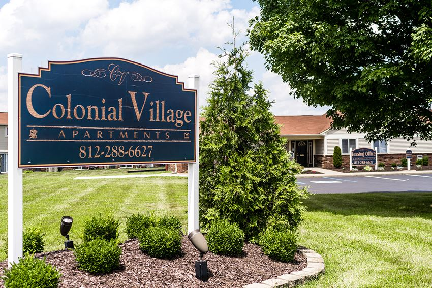 Welcome Home to Colonial Village!