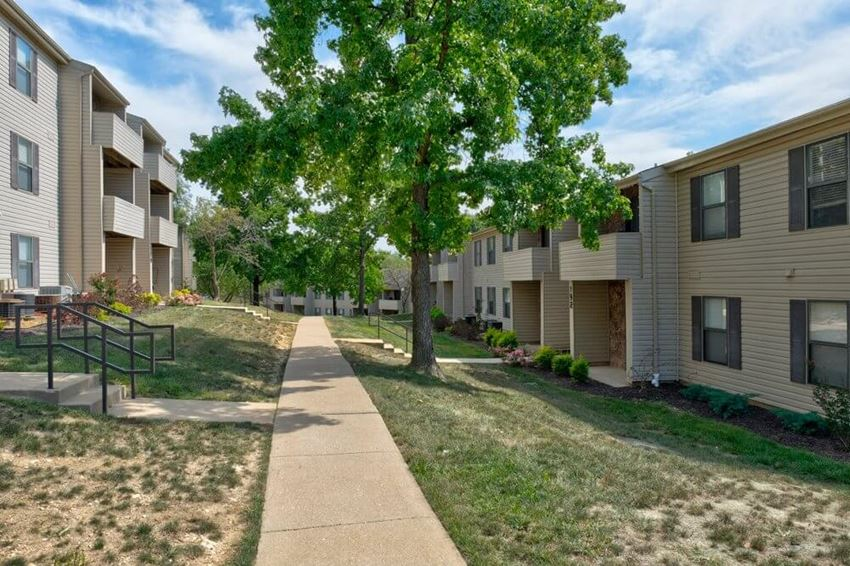 Forest Woods Apartments Valley Park MO
