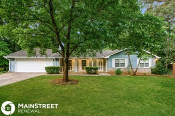 2135 Pinewood Dr 3 Beds House for Rent Photo Gallery 1