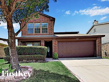 8812 Sagebrush Trl 5 Beds House for Rent Photo Gallery 1