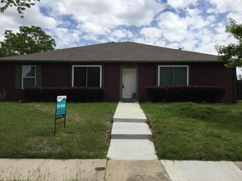 5302 Vagas Dr 3 Beds House for Rent Photo Gallery 1
