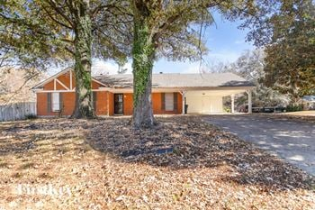 3728 Covington Pike Rd 3 Beds House for Rent Photo Gallery 1