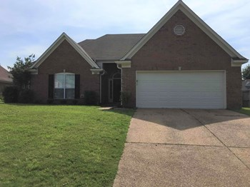 7654 Meadow Ridge Ln 4 Beds House for Rent Photo Gallery 1