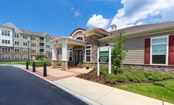 311 Robert Morris Blvd 1-2 Beds Apartment for Rent Photo Gallery 1