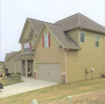 107 Village Park Dr 4 Beds House for Rent Photo Gallery 1