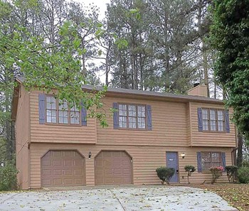 1352 Old Norcross Rd 4 Beds House for Rent Photo Gallery 1