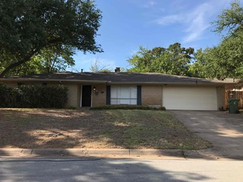 1504 Terrace St 3 Beds House for Rent Photo Gallery 1