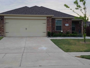 1800 Arbordale Way 4 Beds House for Rent Photo Gallery 1