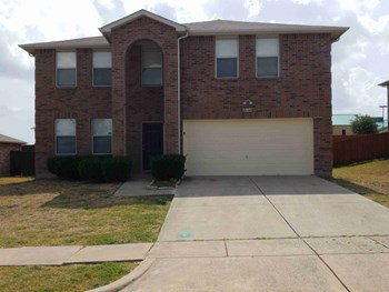 2644 Shorewood Dr 4 Beds House for Rent Photo Gallery 1